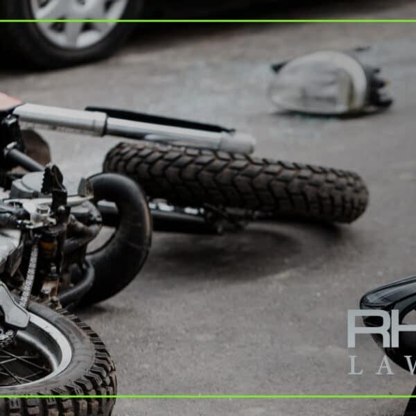 ¿Cuáles son las causas más comunes de los accidentes de moto?